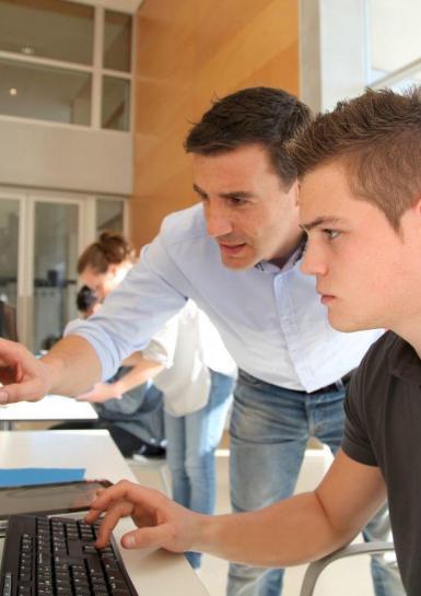 Tanulmányi támogatás, illetve annak adózása
